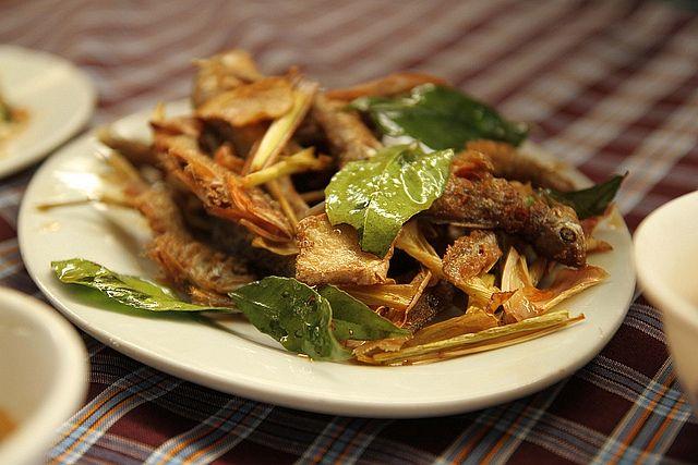 ca suoi chien don dac san moc chau 1 1 - Điểm danh 11 món ăn đặc sản Mộc Châu nhất định không thể bỏ lỡ