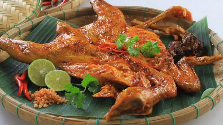 ga nuong mac khen dac san moc chau 750x422 - Điểm danh 11 món ăn đặc sản Mộc Châu nhất định không thể bỏ lỡ
