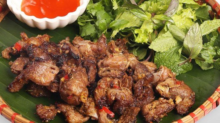 lon ban nuong dac san moc chau 2 750x422 - Điểm danh 11 món ăn đặc sản Mộc Châu nhất định không thể bỏ lỡ