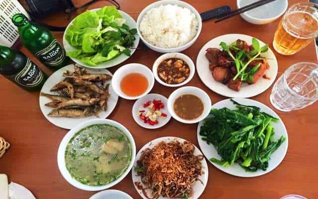nha hang xuan bac 181 2 - Điểm danh những nhà hàng đặc sản ngon tại Mộc Châu P1