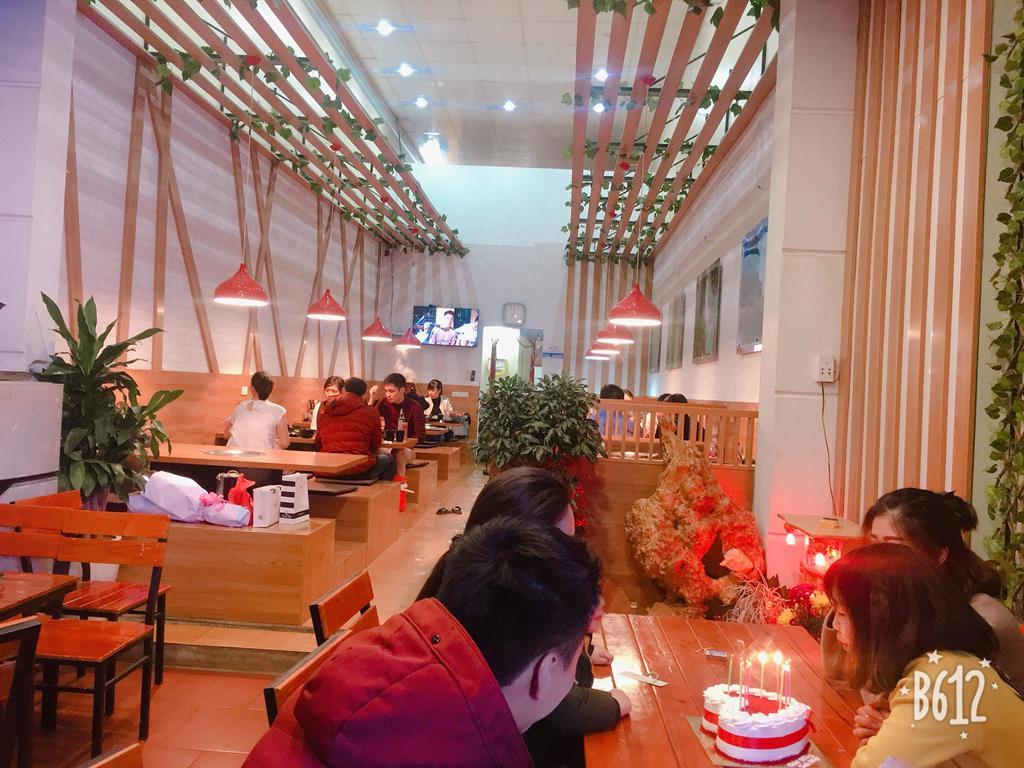 cot dien quan moc chau 02 Copy - Top 7 nhà hàng Lẩu Nướng Ngon - Bổ -  Rẻ Tại Mộc Châu