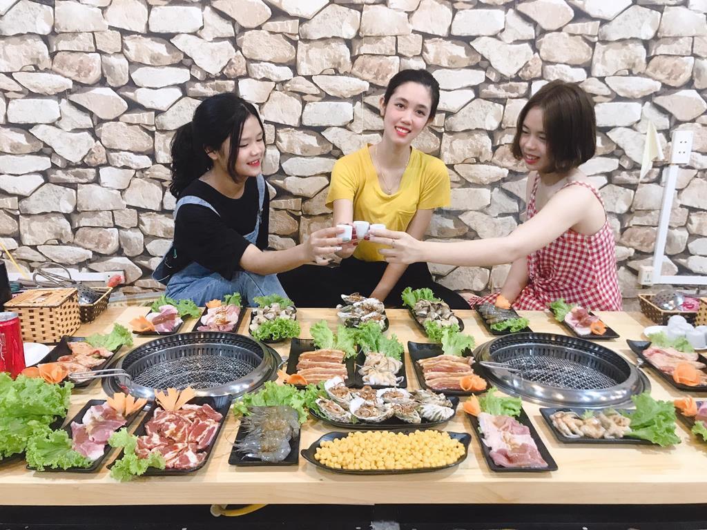 lau nuong so 93 moc chau 01 Copy - Top 7 nhà hàng Lẩu Nướng Ngon - Bổ -  Rẻ Tại Mộc Châu