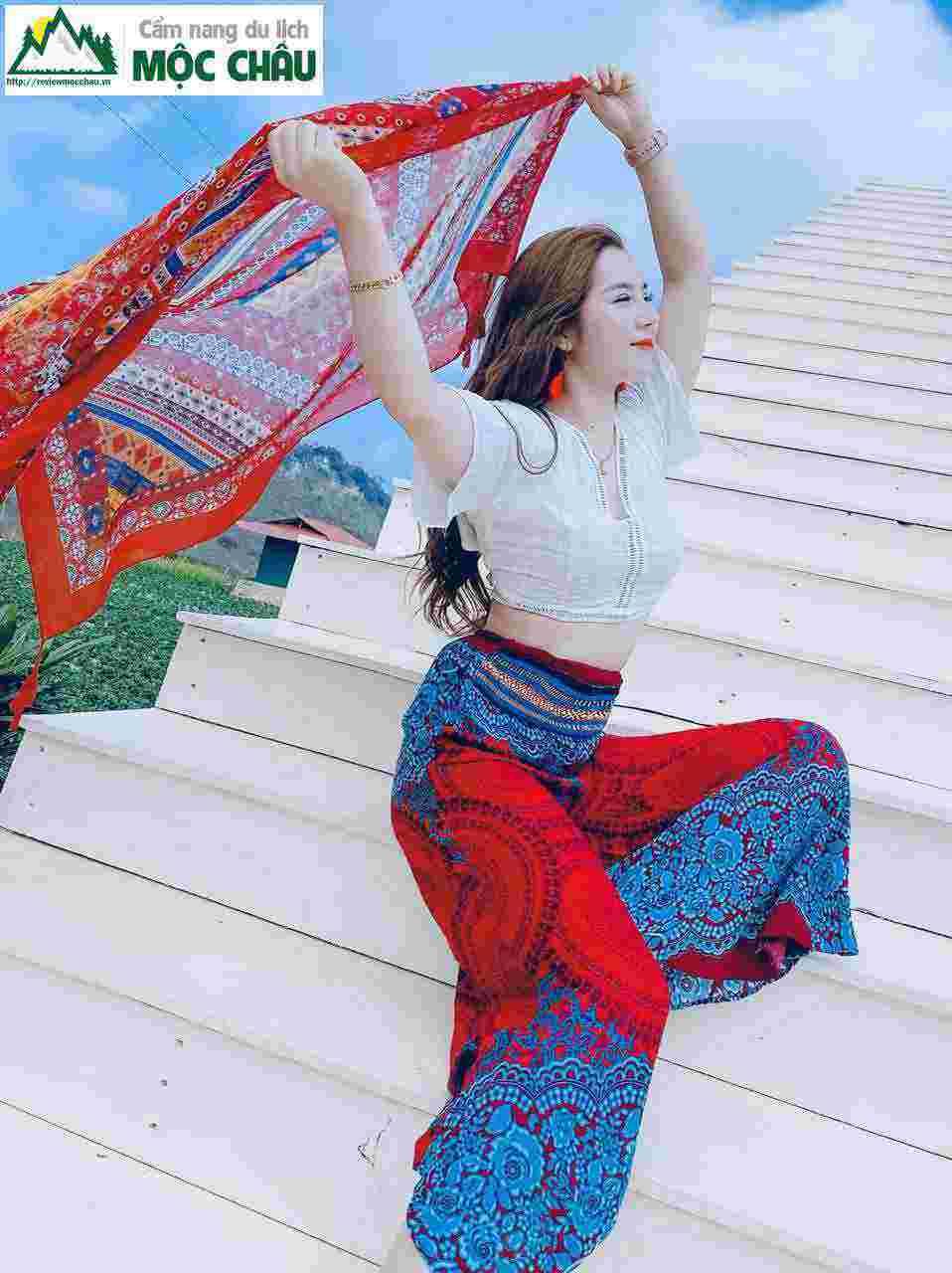 thoi trang vintage moc chau 1 80 - Tiệm cho thuê trang phục, phụ kiện boho, vintage đẹp Mộc Châu | Tiệm Nguyễn
