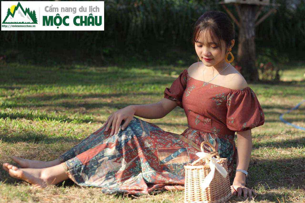 thoi trang vintage moc chau 184 - Tiệm cho thuê trang phục, phụ kiện boho, vintage đẹp Mộc Châu | Tiệm Nguyễn