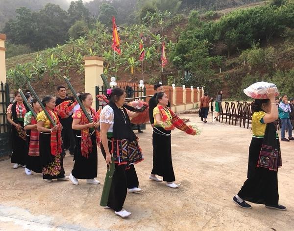le hoi cau mua 4 - Tổng hợp các lễ hội truyền thống đặc sắc ở Mộc Châu | Review Mộc Châu