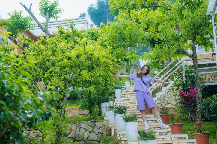 Wooden House Moc Chau1 724x483 - Review siêu chi tiết homestay Wooden House Mộc Châu