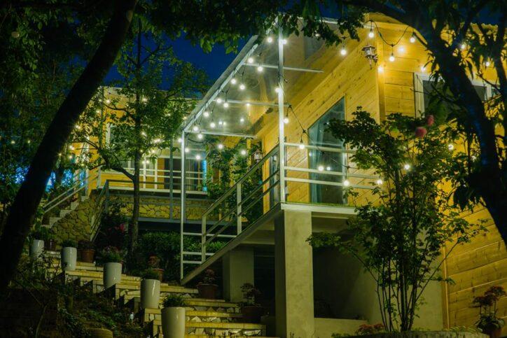 Wooden House moc Chau 65 724x483 - Review siêu chi tiết homestay Wooden House Mộc Châu